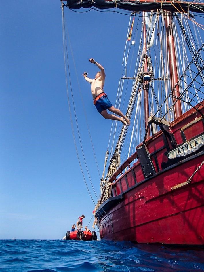 Participa en la Tall Ships Races  – Travesía formativa Brest – La Coruña